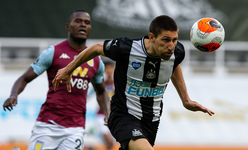 Newcastle United's Federico Fernandez wins a header<br /> <br /> Photographer Alex Dodd/CameraSport<br /> <br /> The Premier League - Newcastle United v Aston Villa - Wednesday 24th June 2020 - St James' Park - Newcastle <br /> <br /> World Copyright © 2020 CameraSport. All rights reserved. 43 Linden Ave. Countesthorpe. Leicester. England. LE8 5PG - Tel: +44 (0) 116 277 4147 - admin@camerasport.com - www.camerasport.com
