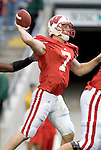 MADISON, WI - SEPTEMBER 9: Quarterback John Stocco #7 of the Wisconsin Badgers throws the ball against the Western Illinois Leathernecks at Camp Randall Stadium on September 9, 2006 in Madison, Wisconsin. The Badgers beat the Leathernecks 34-10. (Photo by David Stluka)