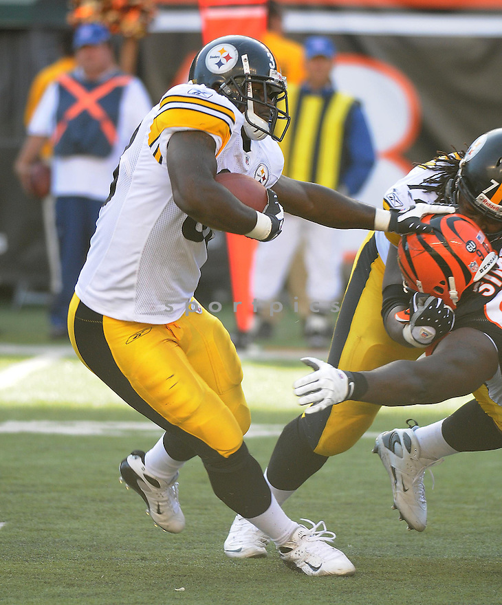 GARY RUSSELL, of the Pittsburgh Steelers  in action against the Cincinnati Bengals during the Steelers game in CIncinnati, OH  on October 19, 2008...The Steelers won the game 38-10.