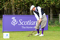 Jarmo Sandelin at the hickory challenge ahead of the  Scottish Senior Open Championship, Craigielaw Golf Club, East Lothian, Scotland. 13/09/2018.<br /> Picture Fran Caffrey / Golffile.ie<br /> <br /> All photo usage must carry mandatory copyright credit (© Golffile | Fran Caffrey)