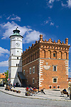 Renesansowy ratusz na rynku w Sandomierzu, Polska<br /> Renaissance town hall on the market place in Sandomierz, Poland