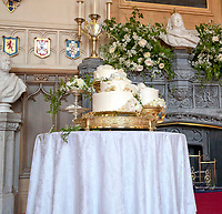 Meghan Markle Wedding Cake.Prince Harry And Meghan Markle Royal Wedding Cake Images