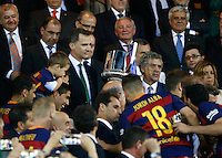 FC Barcelona´s  midfielder Andres Iniesta lift the trophy after winning the Copa del Rey