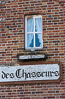 Europe/France/Centre/41/Loir-et-Cher/Sologne/Chaon: Enseigne Restaurant: Au rendez vous des chasseurs  // Europe/France/Centre/41/Loir-et-Cher/Sologne/Chaon: E Restaurant sign: In appointment hunters
