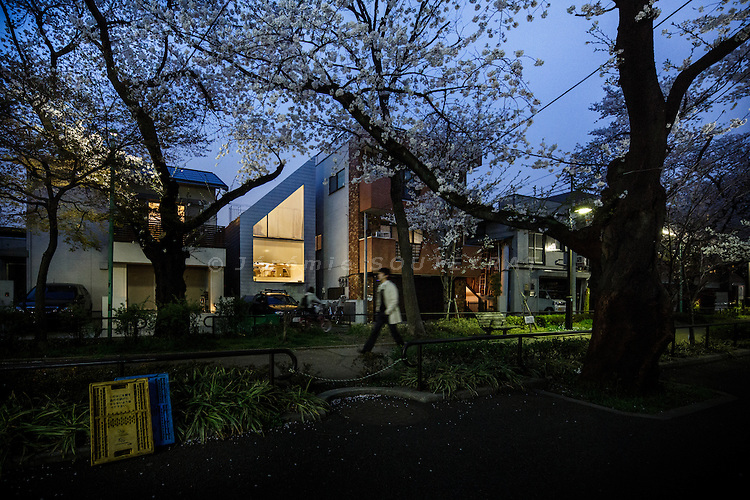 Tokyo, March 23 2013 - Shirogane house by TNA.
