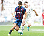 Real Madrid's Luka Jovic (r) and Levante UD's Gonzalo Melero during La Liga match. September 14,2019. (ALTERPHOTOS/Acero)