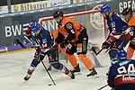 Mannheims Andrew Desjardins (Nr.84) gegen Wolfsburg beim Spiel in der DEL, Adler Mannheim (blau) - Grizzlys Wolfsburg (orange).<br /> <br /> Foto © PIX-Sportfotos *** Foto ist honorarpflichtig! *** Auf Anfrage in hoeherer Qualitaet/Aufloesung. Belegexemplar erbeten. Veroeffentlichung ausschliesslich fuer journalistisch-publizistische Zwecke. For editorial use only.