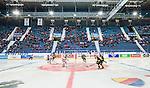 Stockholm 2014-09-27 Ishockey Hockeyallsvenskan AIK - Mora IK :  <br /> Vy b&ouml;vel isen i Hovet under matchen med publik p&aring; l&auml;ktare<br /> (Foto: Kenta J&ouml;nsson) Nyckelord:  AIK Gnaget Hockeyallsvenskan Allsvenskan Hovet Johanneshovs Isstadion Mora MIK inomhus interi&ouml;r interior supporter fans publik supporters
