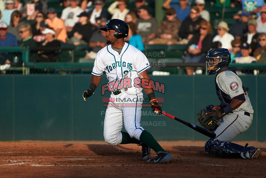Daytona Tortugas designated hitter Angelo Gumbs (21) at bat in front of catcher Brian Navarreto (23) during a game against the Fort Myers Miracle on April 17, 2016 at Jackie Robinson Ballpark in Daytona, Florida.  Fort Myers defeated Daytona 9-0.  (Mike Janes/Four Seam Images)