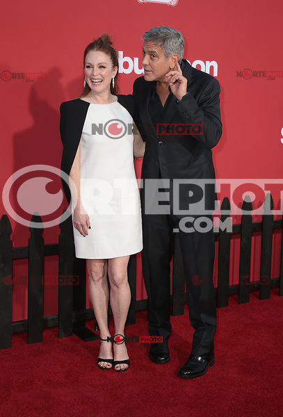 WESTWWOD, CA - October 22: George Clooney, Julianne Moore, At The Premiere Of Paramount Pictures' 'Suburbicon' At the Village Theatre California on October 22, 2017. Photo Credit: Faye Sadou /Media Punch /NortePhoto.com