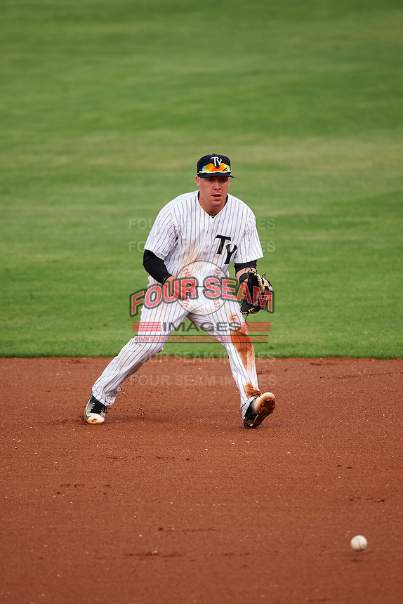 Tampa Yankees second baseman Billy Fleming (28) fields a ground ball during a game against the Bradenton Marauders on April 11, 2016 at George M. Steinbrenner Field in Tampa, Florida.  Tampa defeated Bradenton 5-2.  (Mike Janes/Four Seam Images)