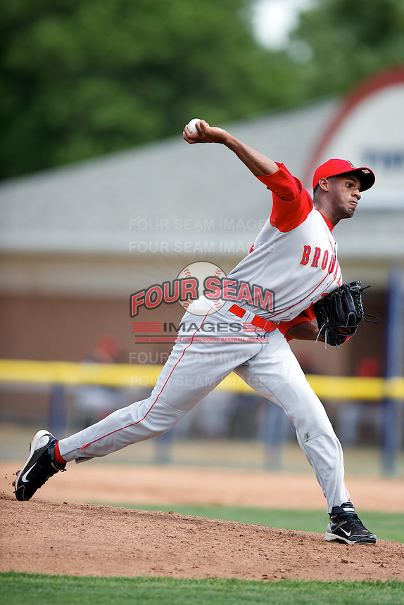Brooklyn Cyclones pitcher Luis Mateo #34 delivers a pitch during a game against the Batavia Muckdogs at Dwyer Stadium on July 26, 2012 in Batavia, New York.  Brooklyn defeated Batavia 7-1.  (Mike Janes/Four Seam Images)