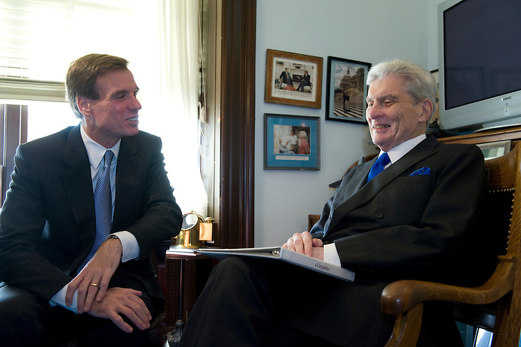 Freshmen Senator Mark Warner, D-VA., meets the man he replaces in the U.S. Senate John Warner, R-VA., for the first time since he won the election on November 4th. John Warner is of no relation to Mark. November 17, 2008.