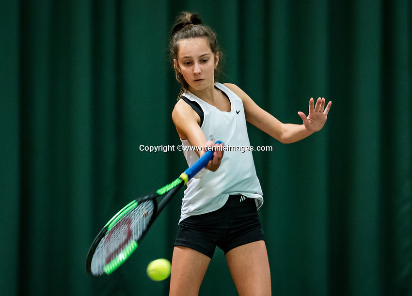 Wateringen, The Netherlands, November 27 2019, De Rhijenhof , NOJK 12/16 years, Suus Zielhuis (NED)<br /> Photo: www.tennisimages.com/Henk Koster