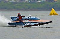 "H-202 ""Heavy Duty"" 1960's Lauterbach 7 Litre/Grand Prix hydroplane..2004 Madison Regatta, Madison, Indiana, July 4, 2004..F. Peirce Williams .photography.P.O.Box 455 Eaton, OH 45320.p: 317.358.7326  e: fpwp@mac.com."