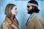 FILMBILD / T: Royal Tenenbaums, Die / Royal Tenenbaums, The D: Gwyneth Paltrow, Luke Wilson R: Wes Anderson P: USA J: 2001 PO: Szenenbild RU:  DA: , -  Filmstill // HANDOUT / EDITORIAL USE ONLY! / Please note: Fees charged by the agency are for the agency's services only, and do not, nor are they intended to, convey to the user any ownership of Copyright or License in the material. The agency does not claim any ownership including but not limited to Copyright or License in the attached material. By publishing this material you expressly agree to indemnify and to hold the agency and its directors, shareholders and employees harmless from any loss, claims, damages, demands, expenses (including legal fees), or any causes of action or allegation against the agency arising out of or connected in any way with publication of the material.