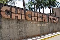 Zona arqueologica de Chichen Itza Zona arqueol&oacute;gica  <br /> Chich&eacute;n Itz&aacute;Chich&eacute;n Itz&aacute; maya: (Chich&eacute;n) Boca del pozo; <br /> de los (Itz&aacute;) brujos de agua. <br /> Es uno de los principales sitios arqueol&oacute;gicos de la <br /> pen&iacute;nsula de Yucat&aacute;n, en M&eacute;xico, ubicado en el municipio de Tinum.<br /> Photo: &copy;Francisco Morales/DAMMPHOTO.COM/NORTEPHOTO. Zona arqueologica de Chichen Itza Zona arqueol&oacute;gica  <br /> Chich&eacute;n Itz&aacute;Chich&eacute;n Itz&aacute; maya: (Chich&eacute;n) Boca del pozo; <br /> de los (Itz&aacute;) brujos de agua. <br /> Es uno de los principales sitios arqueol&oacute;gicos de la <br /> pen&iacute;nsula de Yucat&aacute;n, en M&eacute;xico, ubicado en el municipio de Tinum.<br /> *Photo:&copy;Francisco* Morales/DAMMPHOTO.COM/NORTEPHOTO