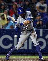 Chris Taylor  de los Dodgers conecta cuadrangular, durante el partido de beisbol de los Dodgers de Los Angeles contra Padres de San Diego, durante el primer juego de la serie las Ligas Mayores del Beisbol en Monterrey, Mexico el 4 de Mayo 2018.<br /> (Photo: Luis Gutierrez)