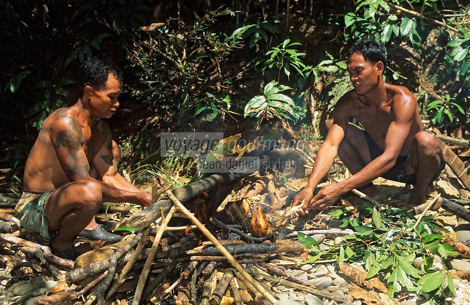 Asie/Malaisie/Bornéo/Sarawak: Chez les Dayak: La cuisine de la jungle - poissons