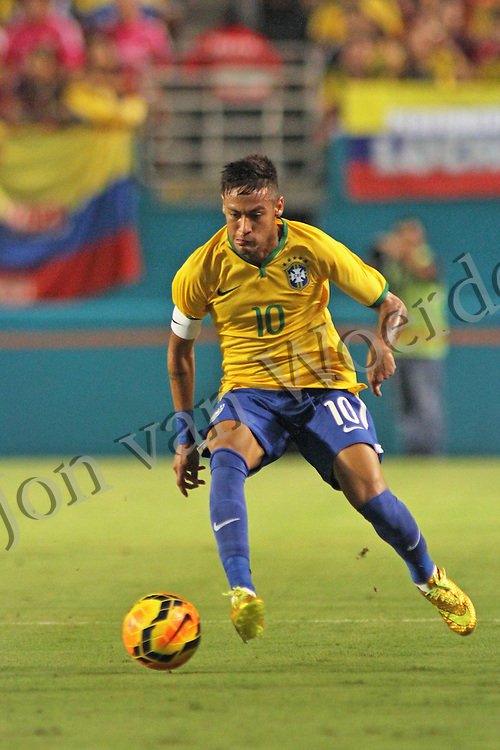 Neymar da Silva Santos Júnior back on the pitch in September 5th 2014 friendly match vs Columbia.