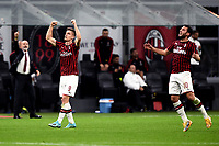 Krzysztof Piatek of AC Milan celebrates after scoring the goal of 2-1 for hsi side <br /> Milano 20/10/2019 Stadio Giuseppe Meazza <br /> Football Serie A 2019/2020 <br /> AC Milan - Lecce <br /> Photo Image Sport / Insidefoto