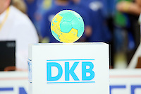 Spielball liegt bereit - Tag des Handball, Rhein-Neckar Löwen vs. Hamburger SV, Commerzbank Arena