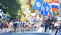 Picture by Simon Wilkinson/SWpix.com - 30/09/2018 - Cycling 2018 Road Cycling World Championships Innsbruck-Tirol, Austria - Men's Elite Road Race - Italy at the front of the peloton.
