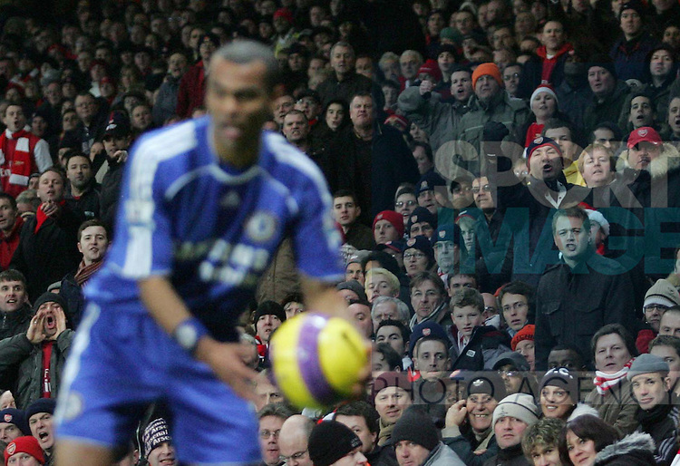 Chelsea's Ashley Cole gets abuse from the crowd