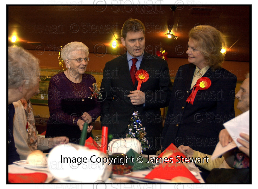 14th December 2000          Copyright Pic : James Stewart .Ref :                           .File Name : stewart07-by election 1412.LABOUR'S FALKIRK WEST CANDIDATE ERIC JOYCE IS JOINED BY HELEN LIDDELL AT THE CAMELON LABOUR CLUB FOR XMAS LUNCH.......Payments to :-.James Stewart Photo Agency, Stewart House, Stewart Road, Falkirk. FK2 7AS      Vat Reg No. 607 6932 25.Office : 01324 630007        Mobile : 0421 416997.E-mail : jim@jspa.co.uk.           : jim@jamesstewart.co.uk.If you require further information then contact Jim Stewart on any of the numbers above.........