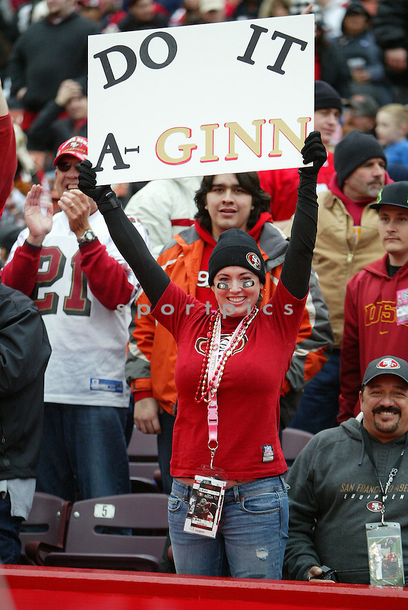 , of the San Francisco 49ers in action durIng the 49ers game against the Arizona Cardinals at Candlestick Park on January 2, 2011 in San Francisco, California.. .49ers beat the Cardinals 38-7