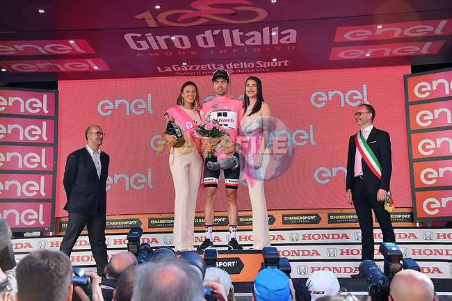 Race leader Tom Dumoulin (NED) Team Sunweb retains his Maglia Rosa at the end of Stage 18 of the 100th edition of the Giro d'Italia 2017, running 137km from Moena to Ortisei/St. Ulrich, Italy. 25th May 2017.<br /> Picture: LaPresse/Gian Mattia D'Alberto | Cyclefile<br /> <br /> <br /> All photos usage must carry mandatory copyright credit (&copy; Cyclefile | LaPresse/Gian Mattia D'Alberto)