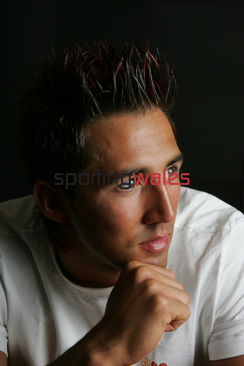 Gavin Henson at the Celtic Manor Resort sporting his new haircut complete with red highlights in preparation for the Lions tour..Forum Hair and Nails, the Celtic Manor Resort..12.05.05.©Steve Pope.Sportingwales.com.07798 83 00 89.The Manor .Coldra Woods.Newport.South Wales.NP18 1HQ