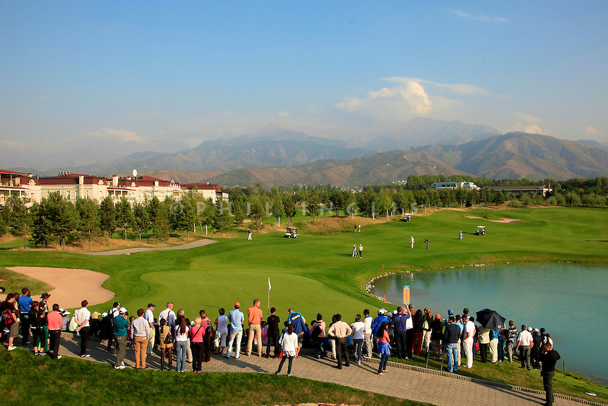 General View of 18th green during the final round of the Kazakhstan Open played at Zhailjau Golf Resort, Almaty on September 16, 2012 in Almaty, Kazakhstan.(Picture Credit / Phil Inglis)