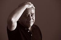 Senel Paz (Camagüey, 1950) è uno scrittore e sceneggiatore cubano naturalizzato spagnolo.<br /> <br /> Nato da famiglia contadina, si è laureato in giornalismo all'Università de L'Avana e, dopo aver lavorato alcuni anni come giornalista presso un quotidiano dell'Avana, insegna presso la Escuela Internacional de Cine de San Antonio de los Baños. Mantova, 7 settembre 2017. © Leonardo Cendamo
