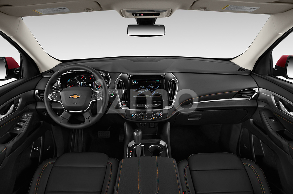 Stock photo of straight dashboard view of a 2019 Chevrolet traverse 3LT 5 Door SUV
