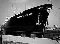 Juni 1963.  Scheepswerf Mercantile Marine Engineering in Antwerpen.  Schip Caltex Nederland.