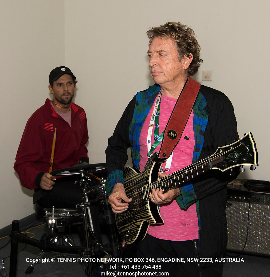 ANDY SUMMERS. FORMER MEMBER OF THE BAND, THE POLICE, MIKE BRYAN (USA), BOB BRYAN (USA)<br /> <br /> TENNIS - ROLEX SHANGHAI MASTERS - QI ZHONG TENNIS CENTER - MINHANG DISTRICT - SHANGHAI - CHINA - ATP 1000 - 2016  <br /> <br /> <br /> <br /> &copy; TENNIS PHOTO NETWORK