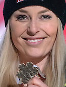 10th February 2019, Are, Sweden; Alpine skiing: Combination, ladies: downhill; Lindsey Vonn from the USA shows her bronze medal at the award ceremony. (quality repetition)