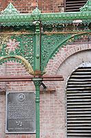 """Europe/Pologne/Lodz: """"Ksiezy Mlyn """" Quartier industriel créé par Charles W Scheibler -détail architecture de la filature"""
