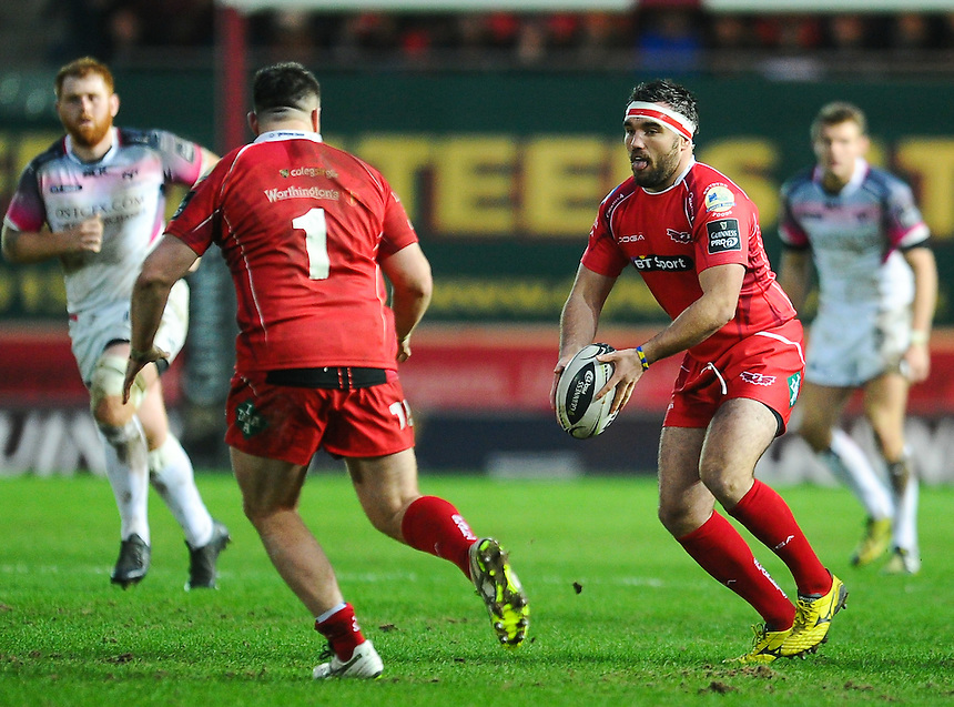 Scarlets' Emyr Phillips in action during todays match<br /> <br /> Photographer Craig Thomas/CameraSport<br /> <br /> Rugby Union - Guinness Pro12 Round 10 - Scarlets v Ospreys - Saturday 26th December 2015 - Parc y Scarlets - Llanelli<br /> <br /> &copy; CameraSport - 43 Linden Ave. Countesthorpe. Leicester. England. LE8 5PG - Tel: +44 (0) 116 277 4147 - admin@camerasport.com - www.camerasport.com