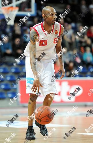 2011-02-26 / Seizoen 2010-2011 / Basketbal / Antwerp Giants - Dexia Mons-Hainaut / Ralph Biggs..Foto: mpics