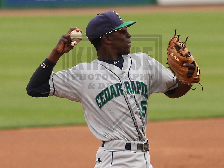 APPLETON - June 2015: Cedar Rapids Kernels shortstop Nick Gordon (5) during a Midwest League baseball game against the Wisconsin Timber Rattlers on June 30th, 2015 at Fox Cities Stadium in Appleton, Wisconsin. Cedar Rapids defeated Wisconsin 3-2. (Brad Krause/Krause Sports Photography)