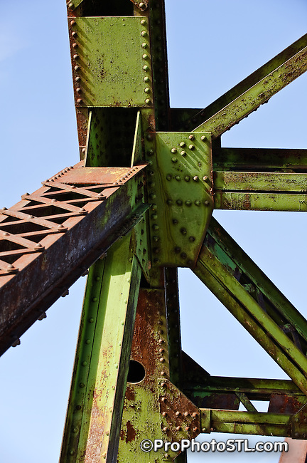 Chain of Rocks Bridge on Mississippi river between Illinois and Missouri.