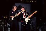 DAVID GILMOUR, Mick Ralphs, David Gilmour 1984  Beacon Theater, New York David Gilmour 1984 Beacon Theater , NY, Mick Ralphs on Guitar