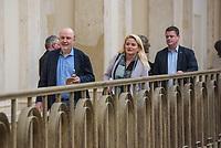 """6. Sitzung des 2. Untersuchungsausschusses <br /> der 18. Wahlperiode des Berliner Abgeordnetenhaus - """"BER II"""" - am Freitag den 23. November 2018.<br /> Der Ausschuss soll die Ursachen, Konsequenzen und Verantwortung fuer die Kosten- und Terminueberschreitungen des im Bau befindlichen Flughafens """"Berlin Brandenburg Willy Brandt"""" aufklaeren.<br /> Als oeffentlicher Tagesordnungspunkt war die Beweiserhebung durch Vernehmung des Zeugen Hartmut Mehdorn vorgesehen. Mehdorn war Chef der Flughafengesellschaft Berlin Brandenburg, FBB.<br /> Im Bild vlnr.: Joerg Stroedter, SPD; Kristin Brinker, AfD; und ein AfD-Mitarbeiter.<br /> 23.11.2018, Berlin<br /> Copyright: Christian-Ditsch.de<br /> [Inhaltsveraendernde Manipulation des Fotos nur nach ausdruecklicher Genehmigung des Fotografen. Vereinbarungen ueber Abtretung von Persoenlichkeitsrechten/Model Release der abgebildeten Person/Personen liegen nicht vor. NO MODEL RELEASE! Nur fuer Redaktionelle Zwecke. Don't publish without copyright Christian-Ditsch.de, Veroeffentlichung nur mit Fotografennennung, sowie gegen Honorar, MwSt. und Beleg. Konto: I N G - D i B a, IBAN DE58500105175400192269, BIC INGDDEFFXXX, Kontakt: post@christian-ditsch.de<br /> Bei der Bearbeitung der Dateiinformationen darf die Urheberkennzeichnung in den EXIF- und  IPTC-Daten nicht entfernt werden, diese sind in digitalen Medien nach §95c UrhG rechtlich geschuetzt. Der Urhebervermerk wird gemaess §13 UrhG verlangt.]"""