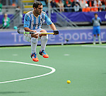 The Hague, Netherlands, June 15: Agustin Mazzilli #26 of Argentina in action during the field hockey bronze match (Men) between Argentina and England on June 15, 2014 during the World Cup 2014 at Kyocera Stadium in The Hague, Netherlands. Final score 2-0 (0-0)  (Photo by Dirk Markgraf / www.265-images.com) *** Local caption ***