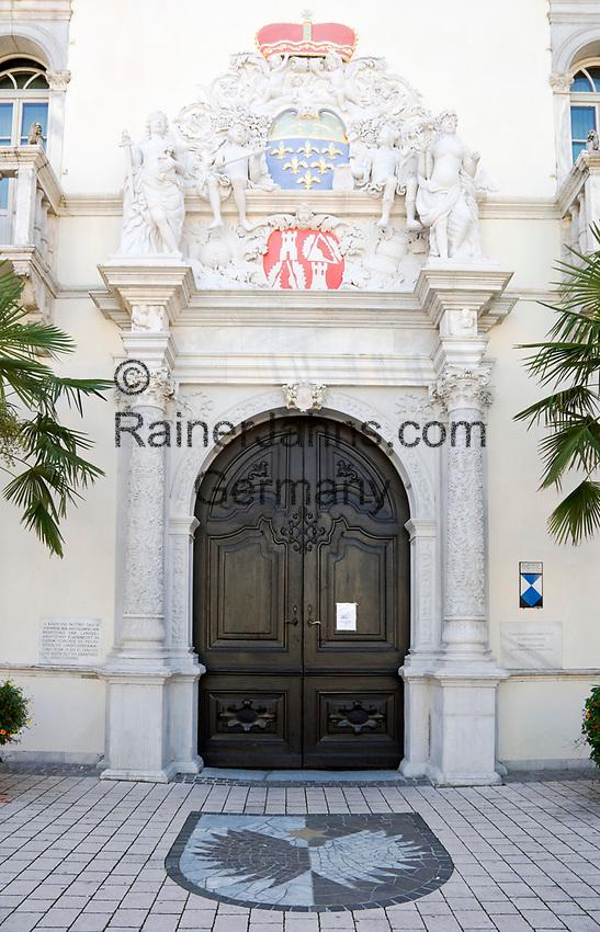 Oesterreich, Kaernten, Spittal an der Drau: Schloss Porcia, Renaissancebau, Portal | Austria, Carinthia, Lake Millstatt, Spittal: Castle Porcia, entrance