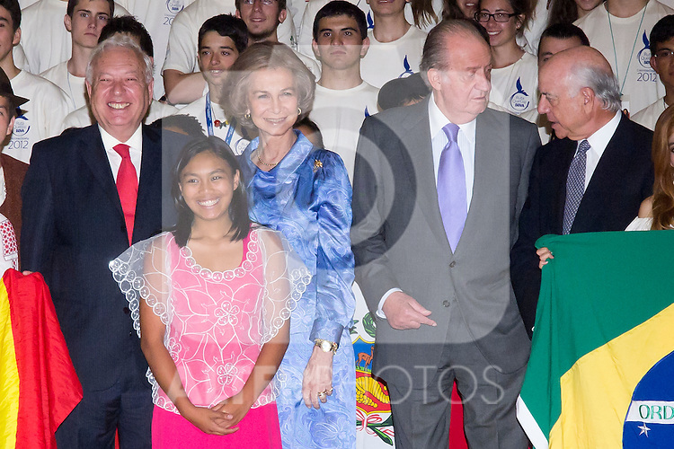 11.07.2012. King Juan Carlos of Spain and Queen Sofia of Spain attends  to the Youth Cultural Program Participants ´Route Quetzal BBVA 2012´ at the Royal Palace of El Pardo. In the image Queen Sofia and King Juan Carlos   (Alterphotos/Marta Gonzalez)