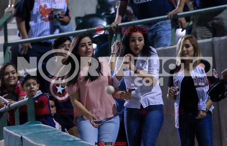Jose Chavez celebra carrera , durante el 3er. encuentro de la serie de beisbol entre Tomateros vs Naranjeros. Temporada 2016 2017 de la Liga Mexicana del Pacifico.<br /> &copy; Foto: LuisGutierrez/NORTEPHOTO.COM