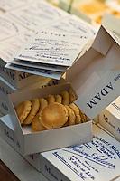 Europe/France/Aquitaine/64/Pyrénées-Atlantiques/Pays Basque/ Saint-Jean-de-Luz: Macarons de chez Adam